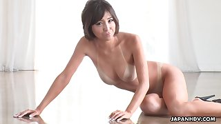 Tan lines are X-rated and that tanned Asian cutie gives tiptop blowjobs