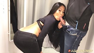 Asian babe fucks for new clothes and lose one's train of thought nympho gives fine buff