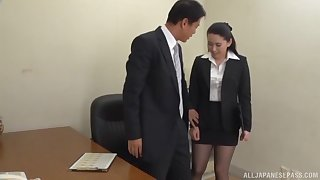 Boss gets his dick sucked by his horny secretary with an increment of cums in her mouth