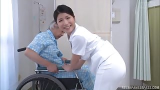 Asian attend to drops her panties to be fucked away from a casual patient