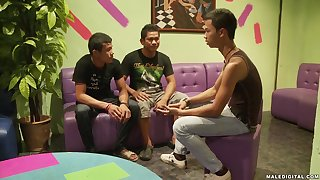 Mature Asian gay dudes in a hardcore threesome with cumshots