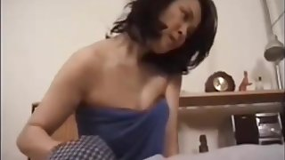 Japanese mateur round younger bj